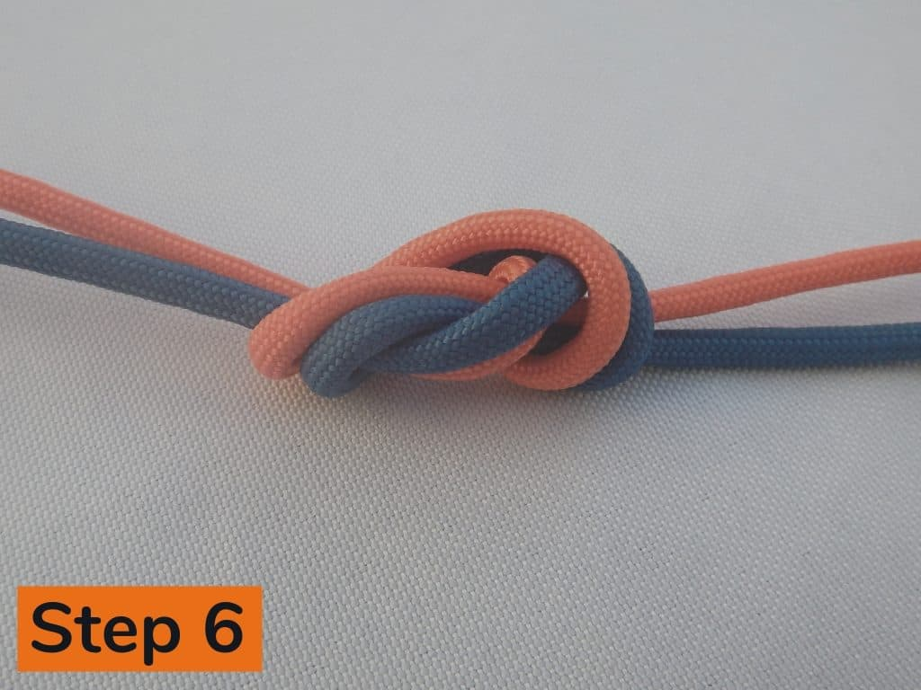 Surgeons Knot Step 6
